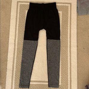 Gym shark color block leggings